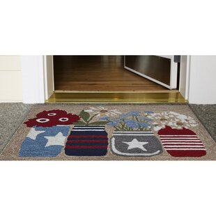 Larzelere Flowers Americana Hand-Hooked Brown Indoor/Outdoor Area Rug