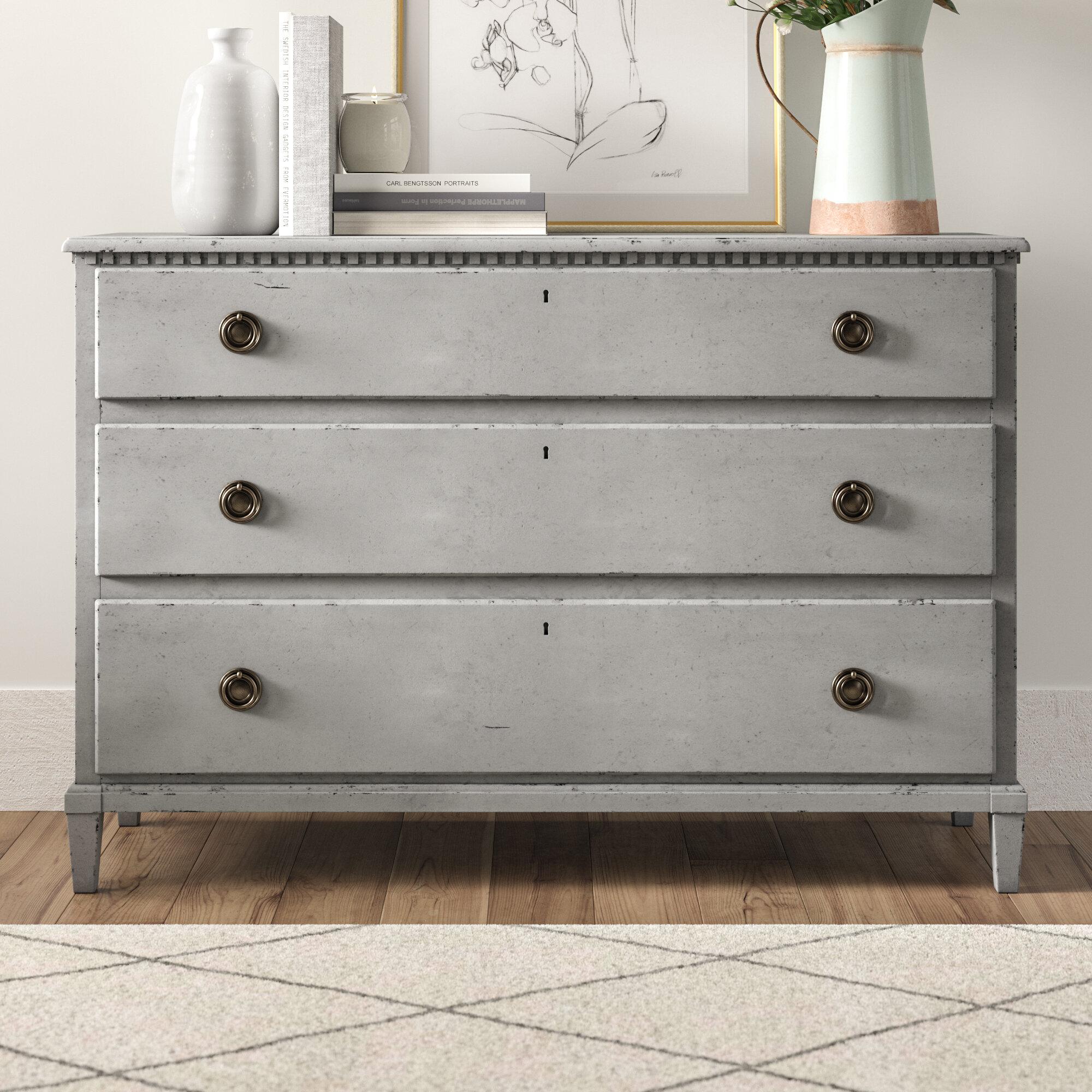 Merriam 3 Drawer Dresser