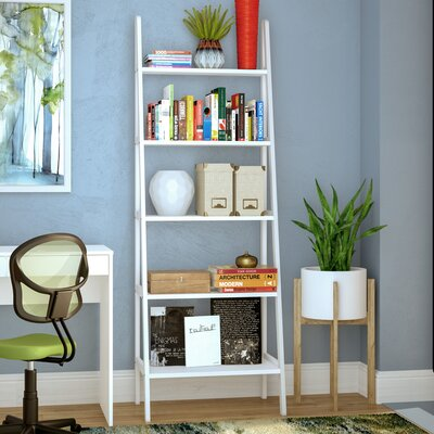 White Leaning Ladder Bookcases And Shelves Ways To Decorate