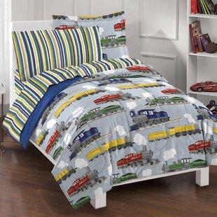 Erato Comforter Set