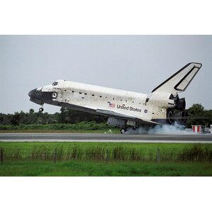 Shuttle Discovery Landing Glossy Wall Mural