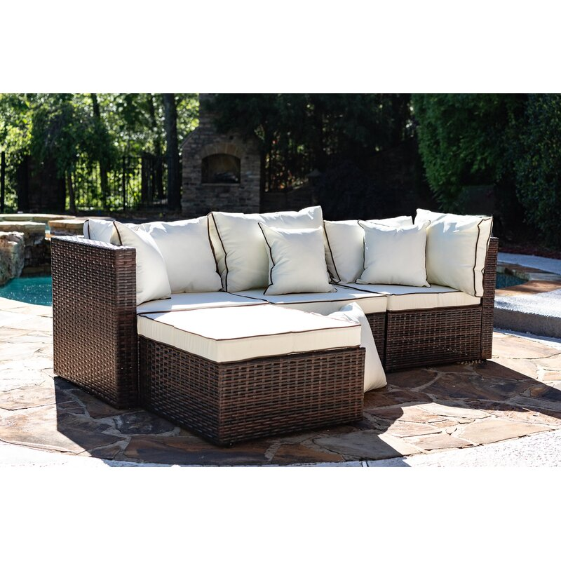 Seadrift Patio Sectional With Cushions
