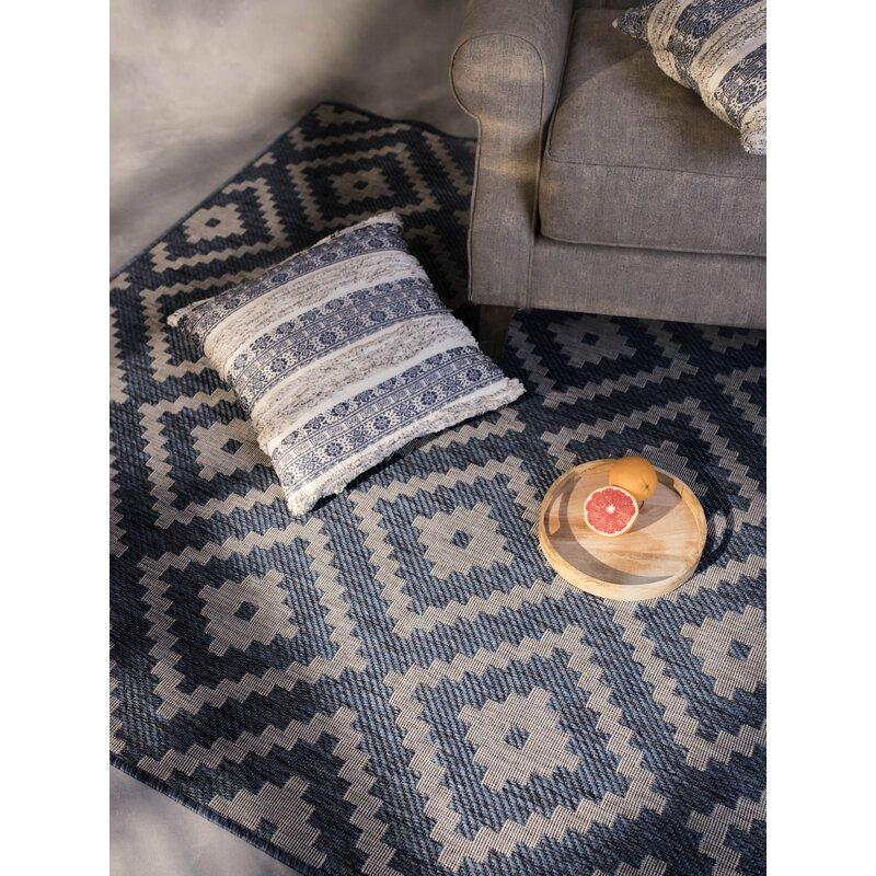 Union Rustic Waldorf Geometric Midnight Blue Beige Indoor Outdoor Area Rug Wayfair