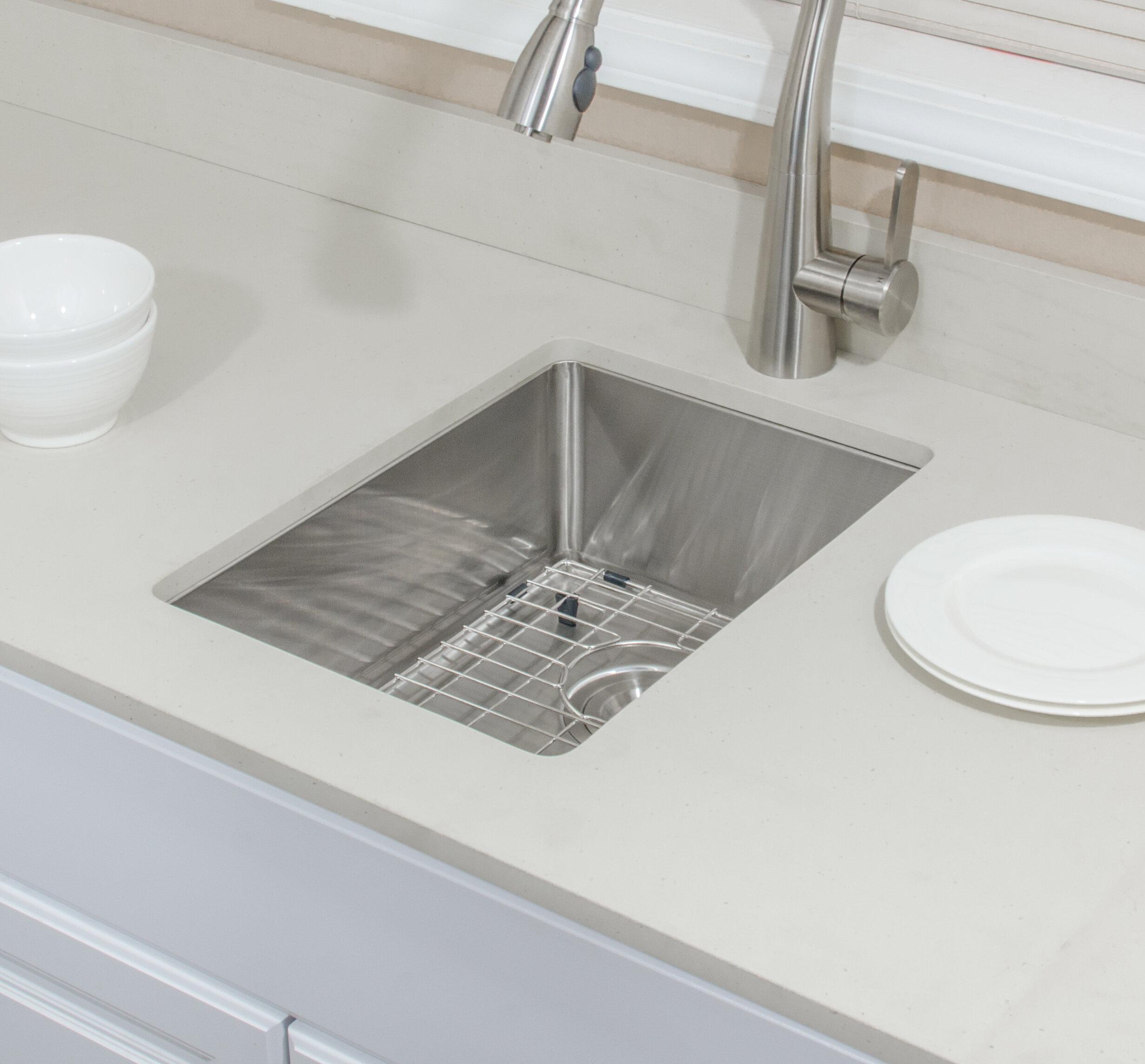 Csu1419 7 1 Chef S Series 14 L X 19 W Undermount Kitchen Sink With Basket Strainer And Grid