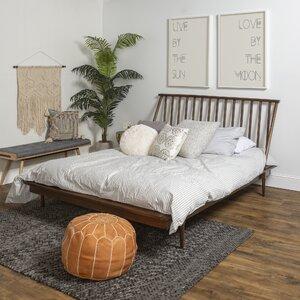 Dorinda Spindle Queen Platform Bed