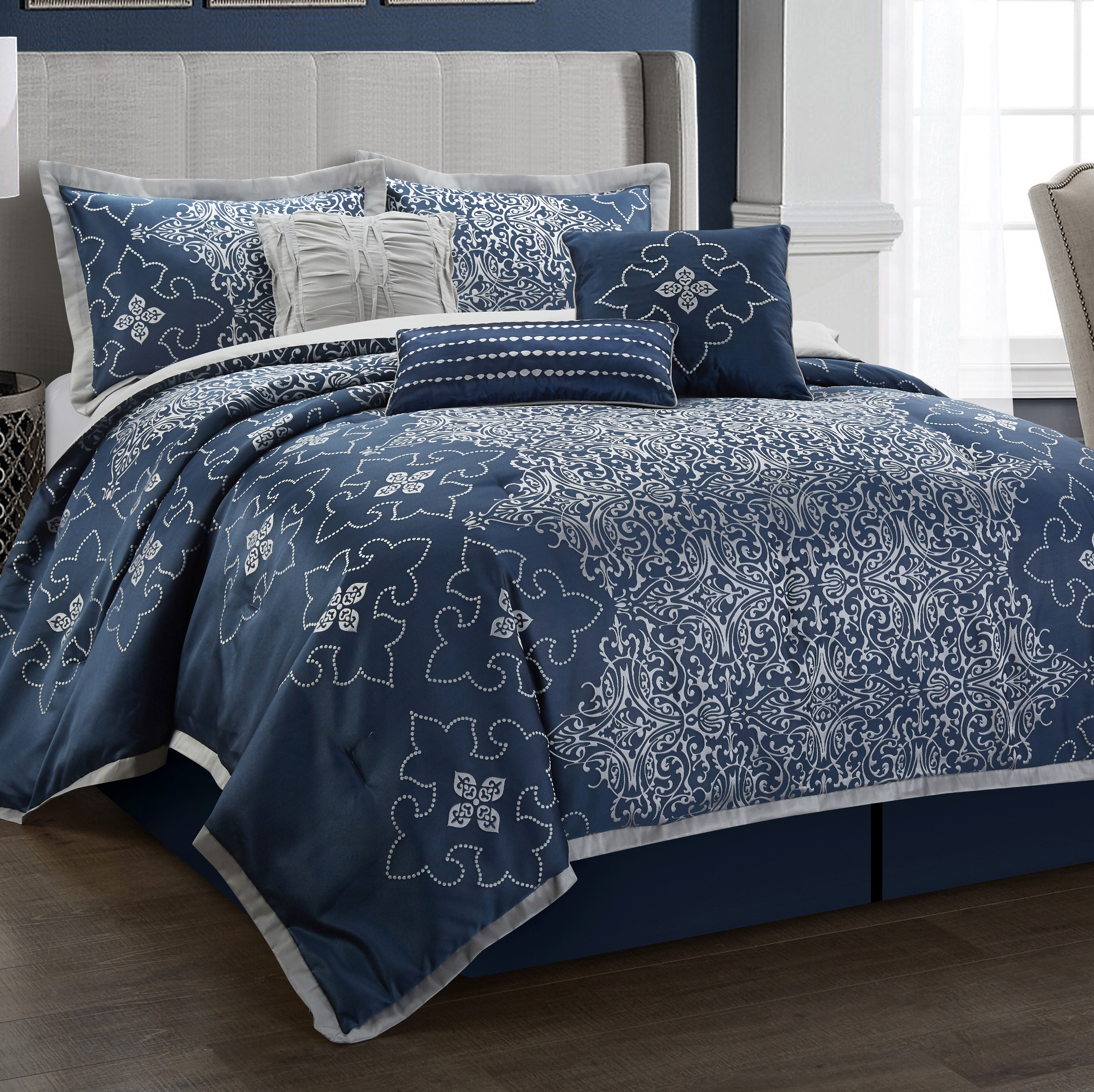 Senora Comforter Set