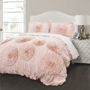 Lark Manor Oropeza 3 Piece Pink Blush Comforter Set