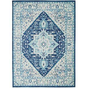 Beliveau Traditional Distressed Ivory/Navy Area Rug by Charlton Home