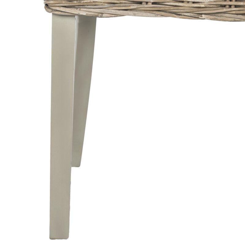 Round Table Loomis.Loomis Dining Chair