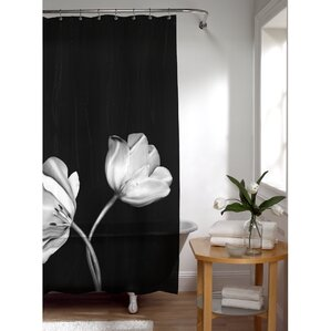 Attractive Burnett PEVA Tulip Photoreal Shower Curtain