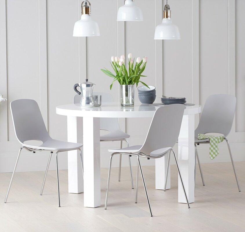 orren ellis essgruppe austin mit 4 st hlen. Black Bedroom Furniture Sets. Home Design Ideas