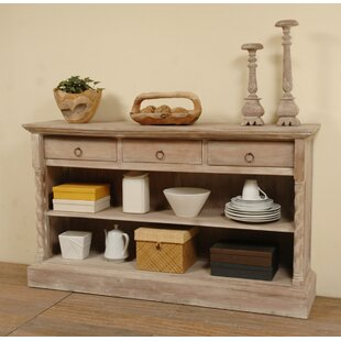 Beachcrest Home Minneola Cottage Sideboard