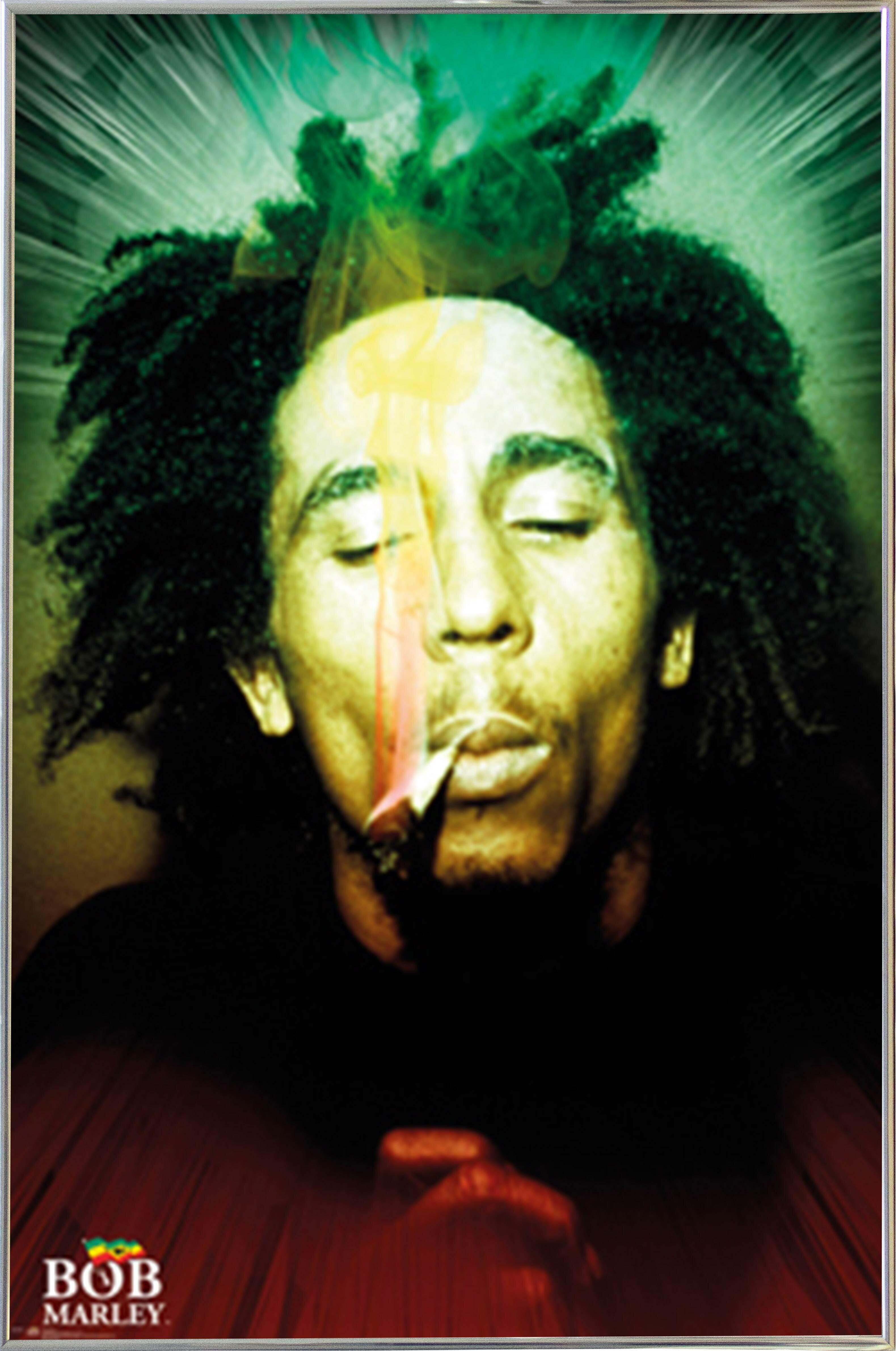 East Urban Home \'Bob Marley - Smoking Portrait\' Framed Graphic Art ...