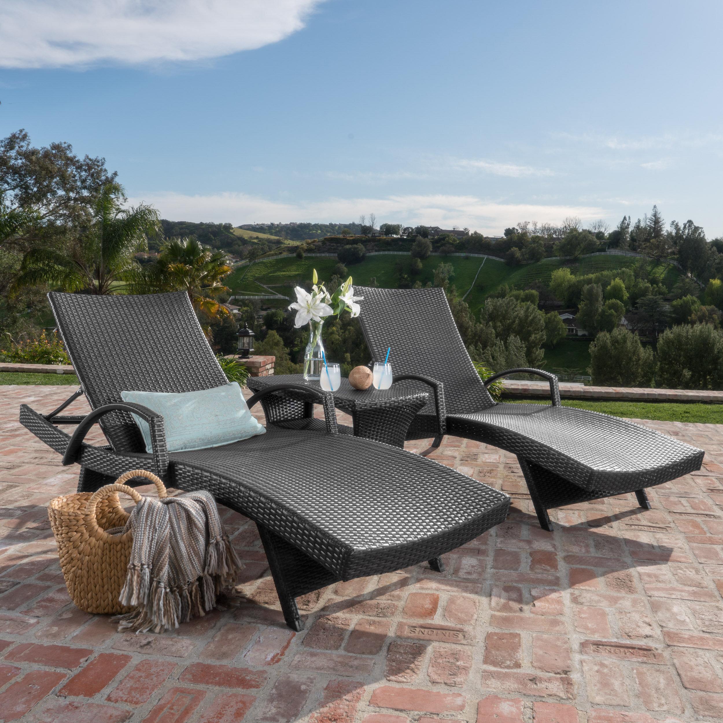Rebello Sun Lounger Set with Table
