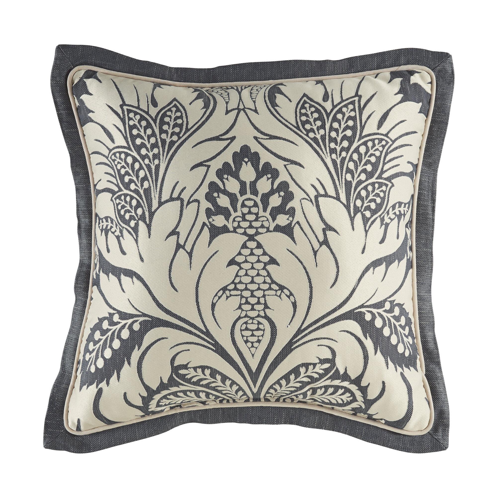The Pillow Collection Daija Floral Pillow Gray