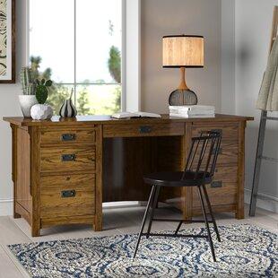 Essence Desk