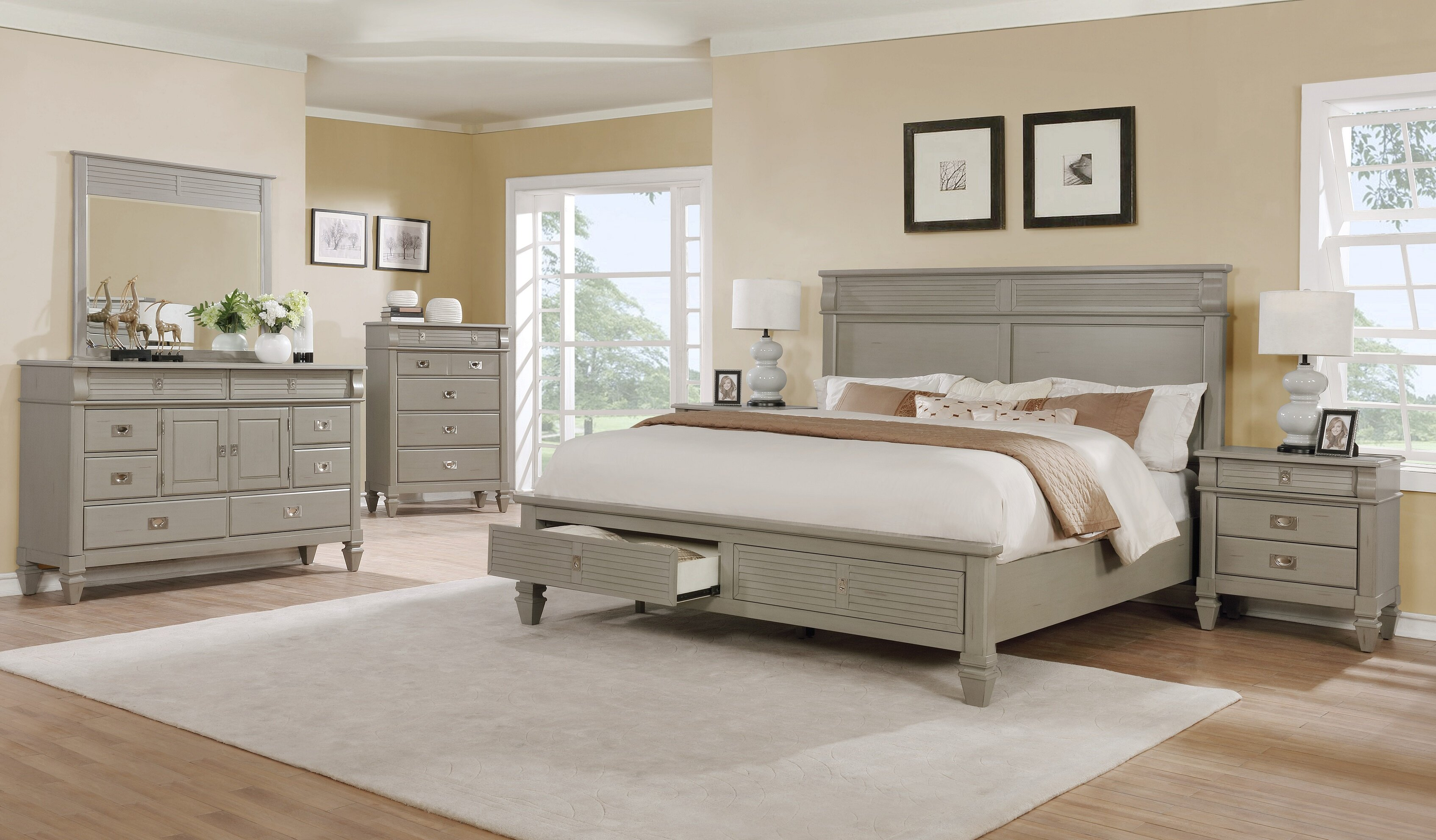 Beachcrest Home Vasilikos Gray Solid Wood Construction Platform 5 Piece  Bedroom Set