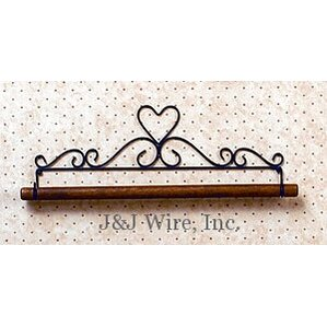 Heart Quilt Rack by J & J Wire