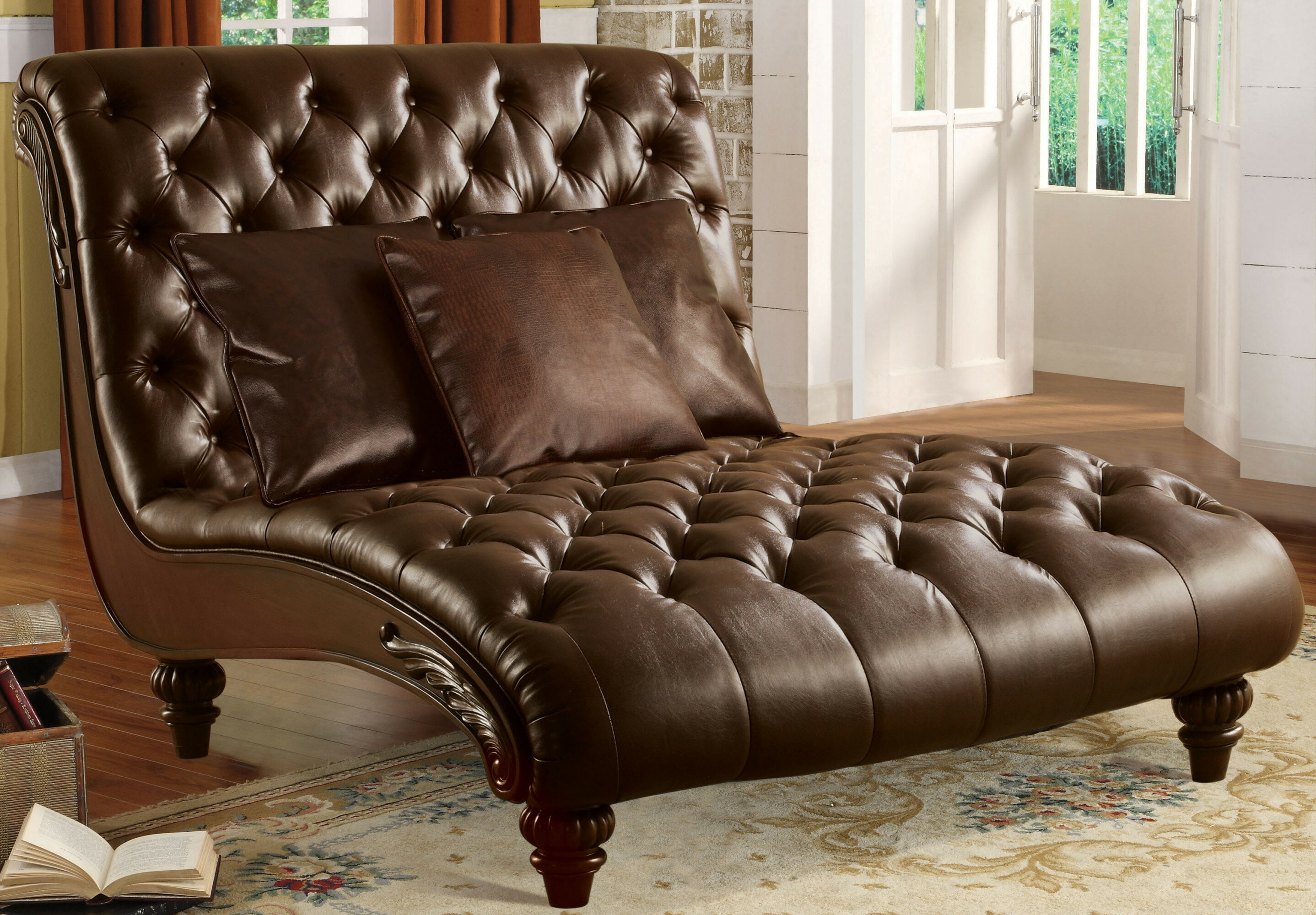 Collingwood Chaise Lounge