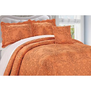 Elegant Audrina Damask 4 Piece Coverlet Set