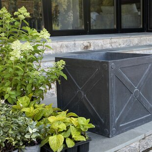 Laurel Foundry Modern Farmhouse Hilaire Fibreclay Planter Box