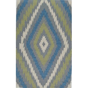 Hand-Tufted Blue/Gray Indoor/Outdoor Area Rug