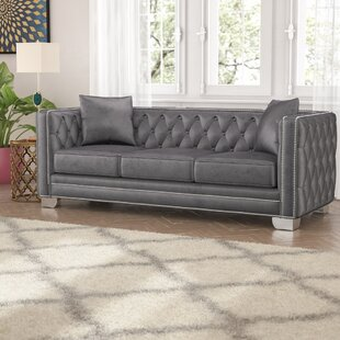 Veun Chesterfield Sofa by Rosdorf Park