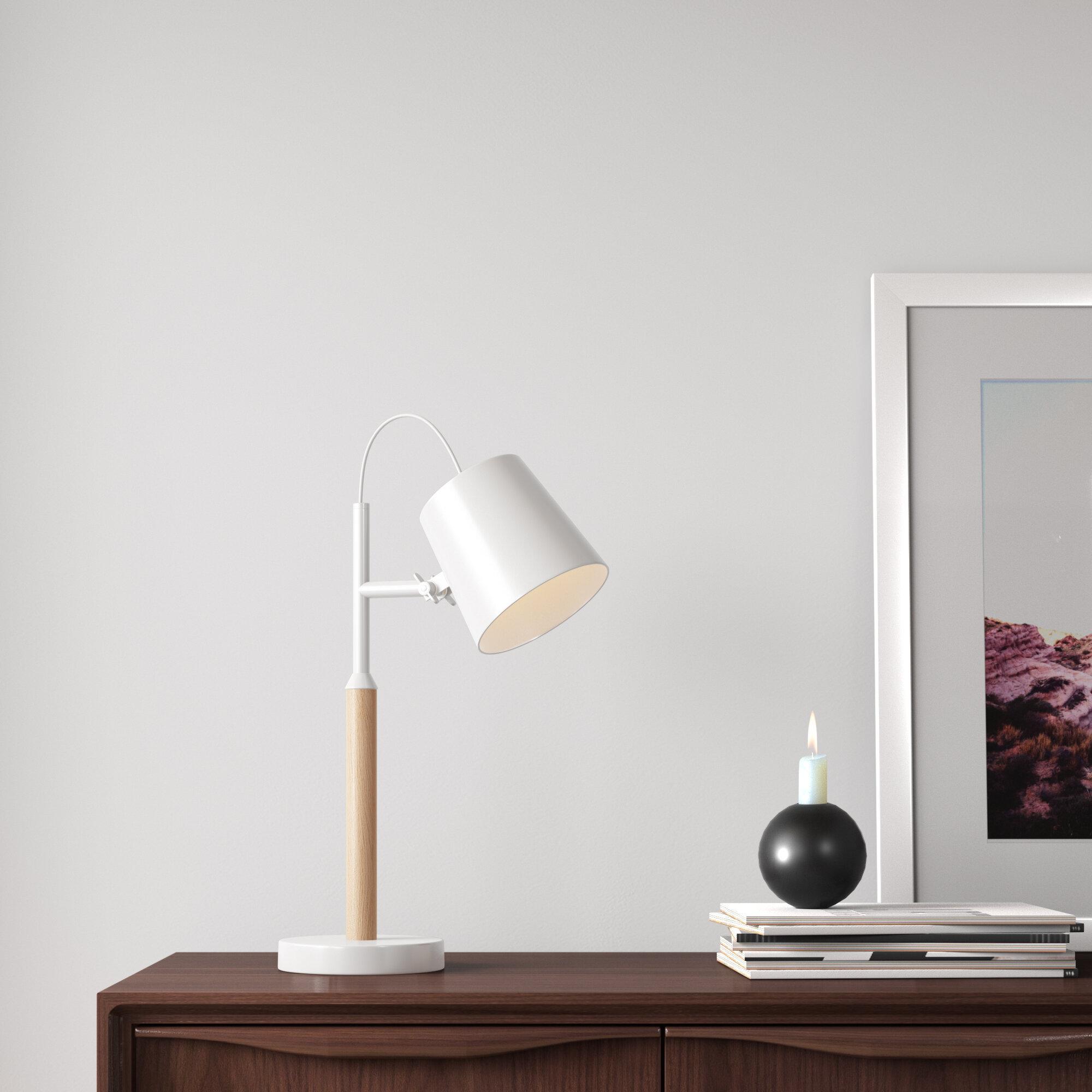 Asdsit 19 White Desk Lamp