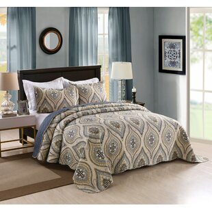 Southall 3 Piece Reversible Quilt Set