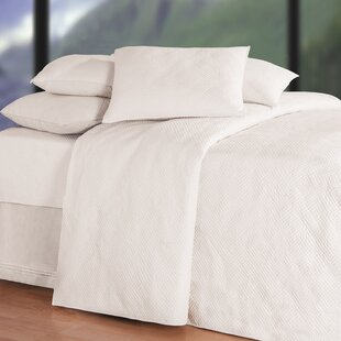 Ophelia & Co. Ronnie Soft Matelasse Quilt