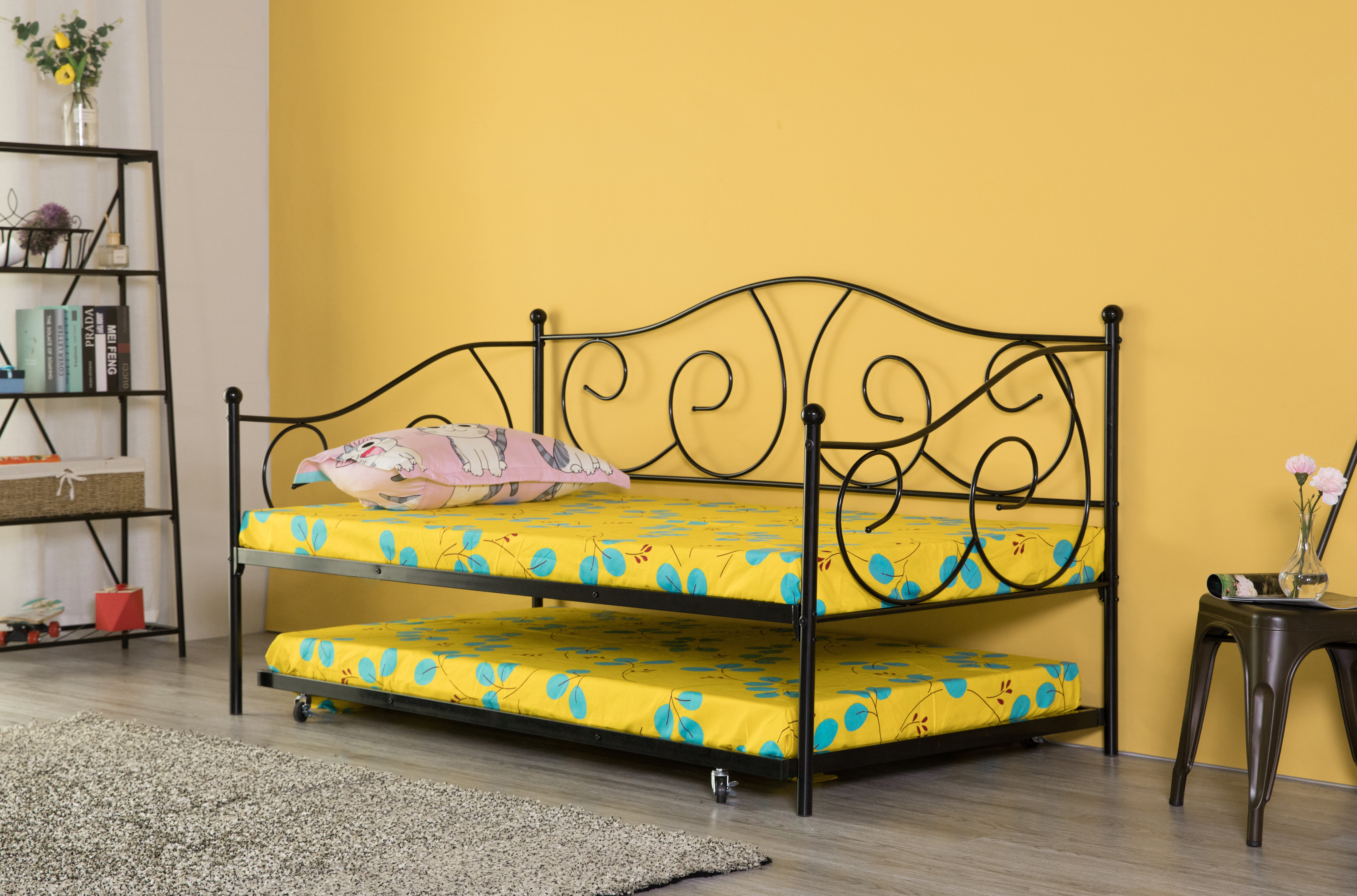 August Grove Lazaro Twin Daybed With Trundle