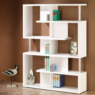 Mcarthur Spacious Standard Bookcase by Ivy Bronx