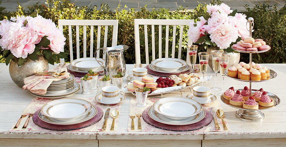 FRENCH COUNTRY OUTDOOR TABLE SETTING