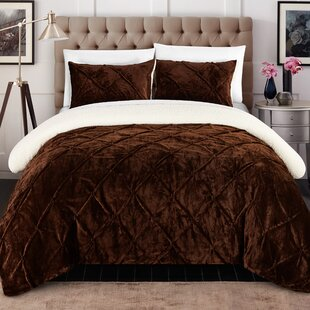 Willa Arlo Interiors Fontane 7 Piece Comforter Set