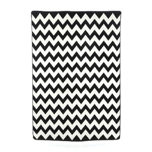 Check Prices Arrow Black/White Area Rug ByEbern Designs