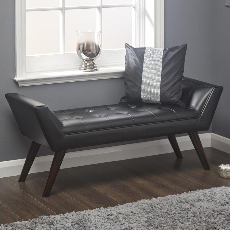 classicliving gepolsterte schlafzimmerbank avon. Black Bedroom Furniture Sets. Home Design Ideas