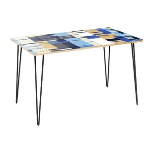 Campas Dining Table