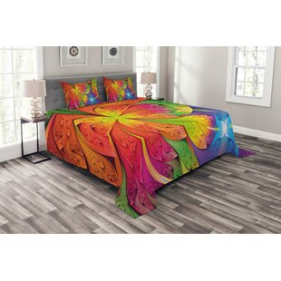 Fractal Coverlet Set