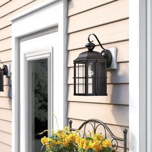 Larchmont 1-Light Outdoor Wall Lantern By Three Posts Outdoor Lighting