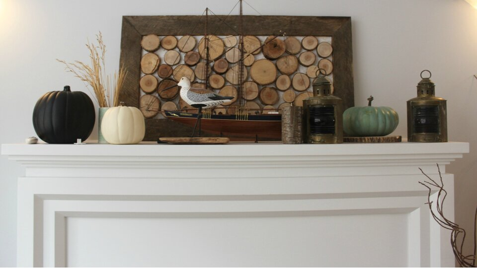 Mommyzoid fireplace mantel before