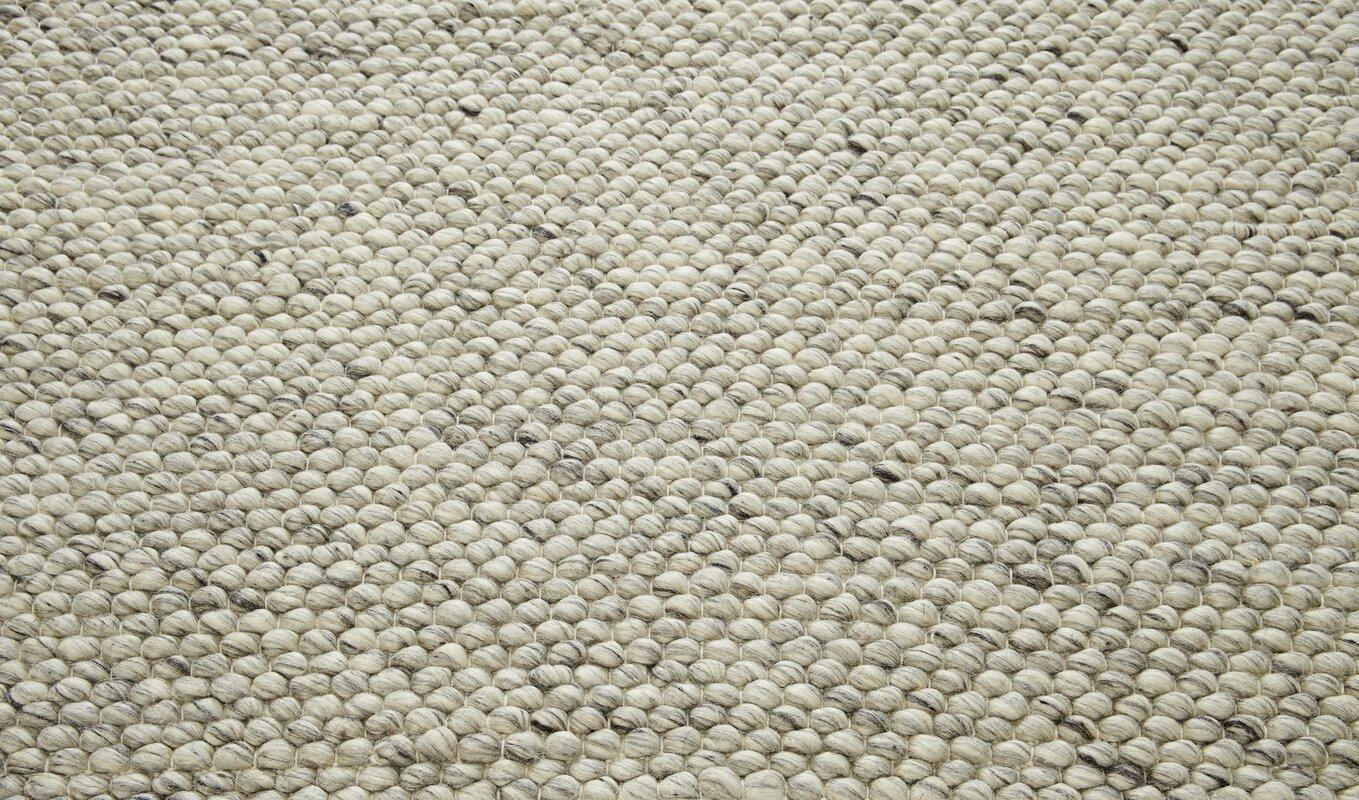 august grove handgewebter wollteppich armand in grau bewertungen. Black Bedroom Furniture Sets. Home Design Ideas