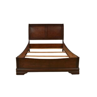 Sheridan Platform Bed by New Classic