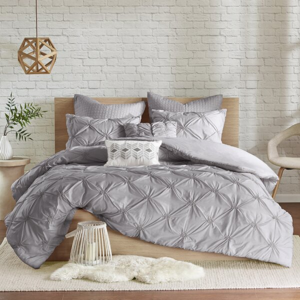 Everly Quinn Siaosi Embroidered 7 Piece Duvet Set & Reviews by Everly Quinn