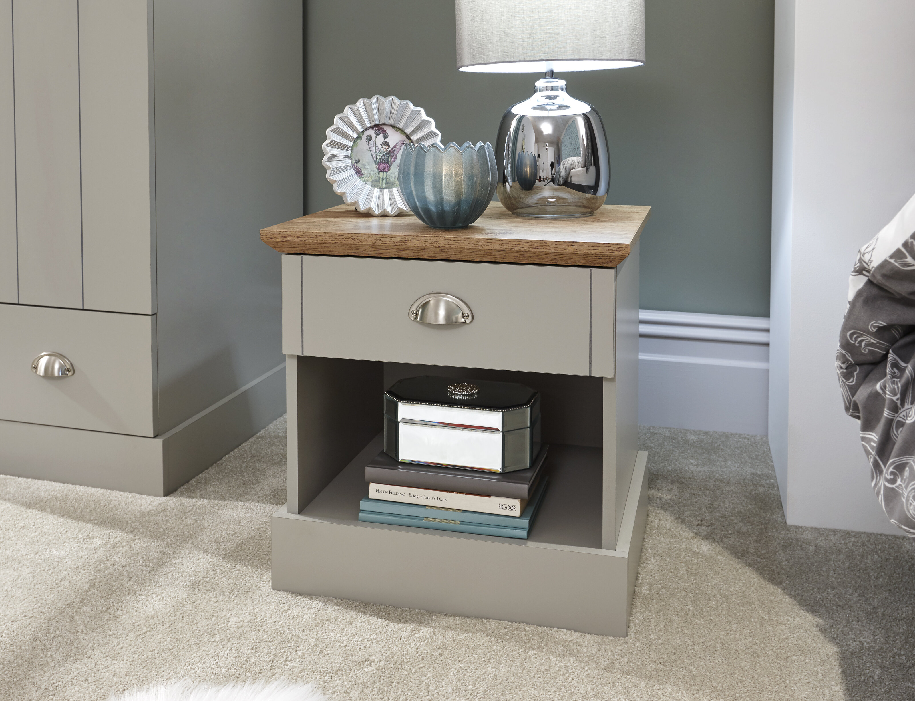 Chapin 4 Drawer Bedside Table