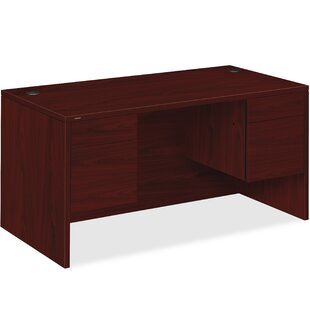 10500 Series Executive Desk HON