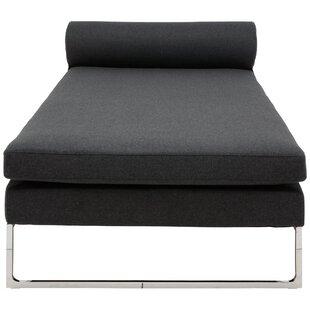 Nuevo Quba Chaise Lounge
