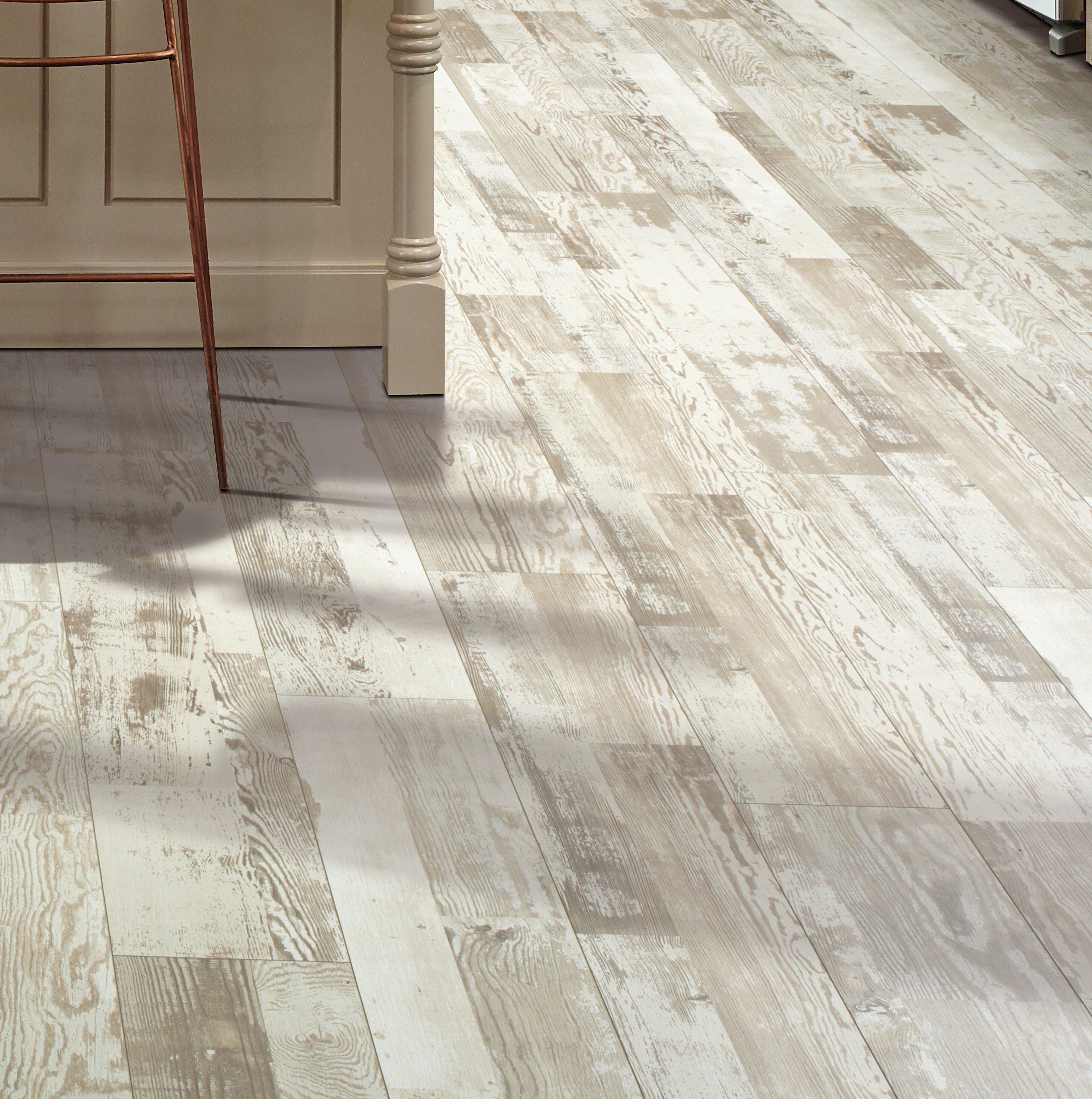 Mohawk Cashe Hills 7 5 X 47 25 87mm Pine Laminate Flooring In White Reviews Wayfair