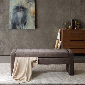 Perfect Chandra Upholstered Storage Bench