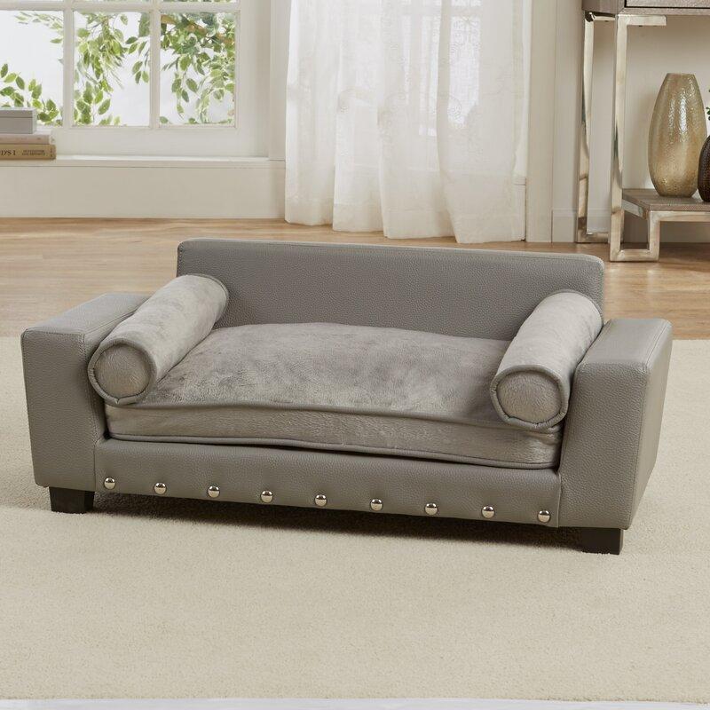 Merveilleux Lorene Scout Dog Sofa With Cushion