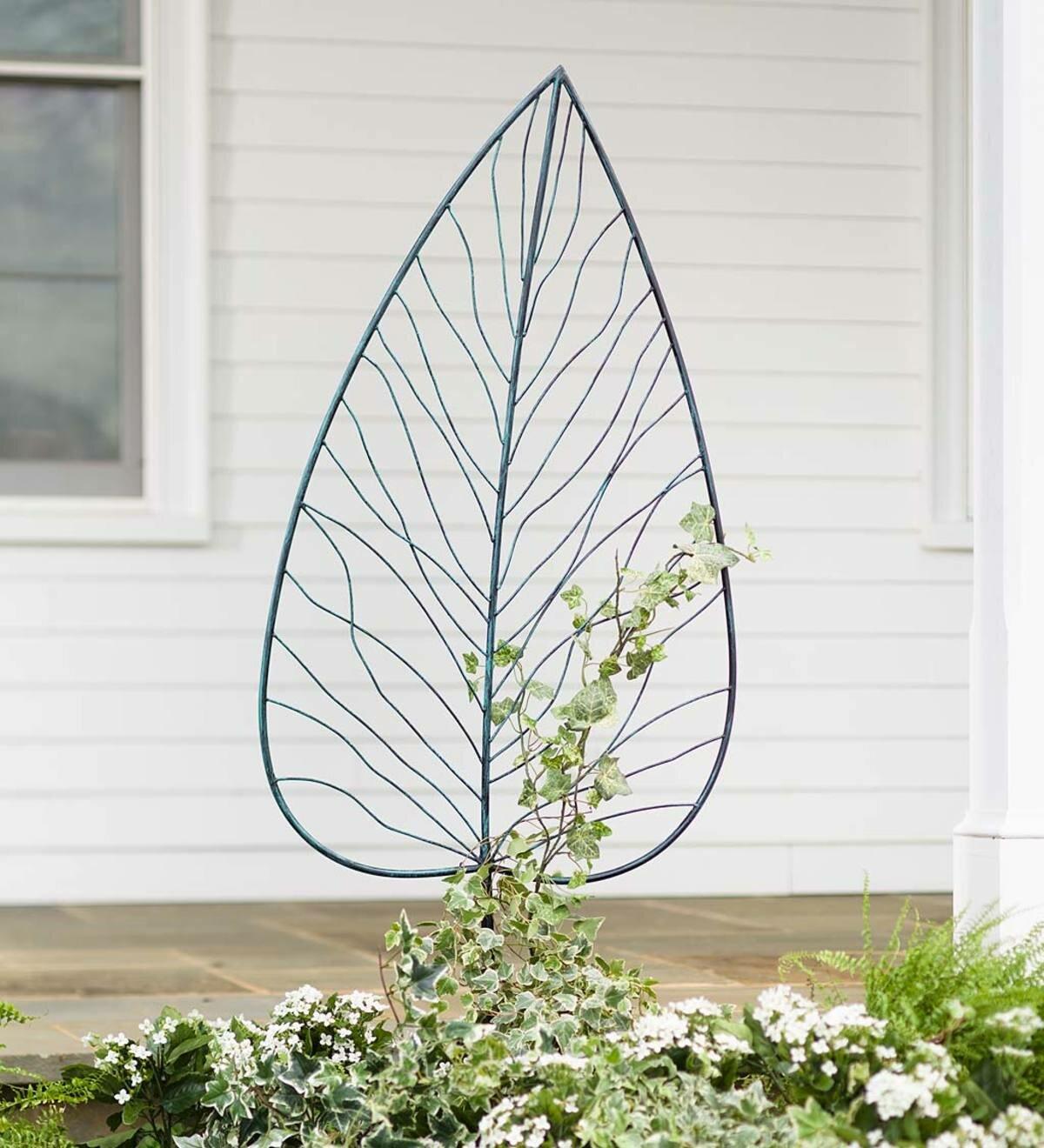 76 Small Wrought Iron Swirly Topiary Sundial Obelisk Trellis for Climbing Vines